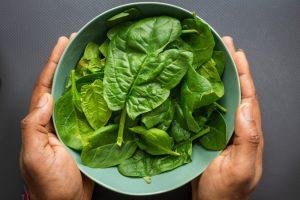 bahaya-5-makanan-yang-sering-dikonsumsi-ini-ternyata-beracun