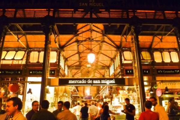 Pasar-tradisional-Spanyol